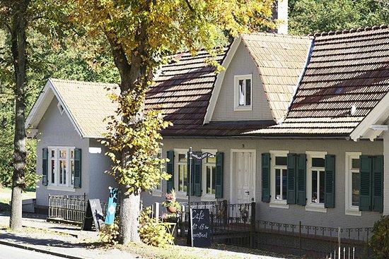 Bad Liebenzell, Deutschland: Eingang und Straßenseite