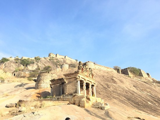 Madhugiri, India: Channarayana Durga- The labyrinth that doesn't want to be explored!