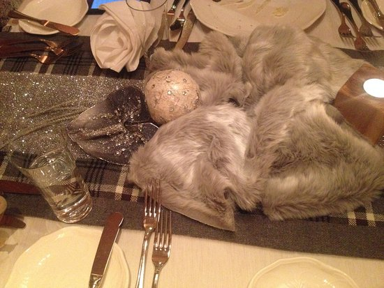 Tischdeko Beim Abendessen Jeden Abend Wechselnde Deko Picture Of
