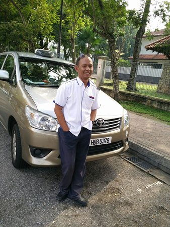 ‪KL Taxi and Private Tours - Rosli‬