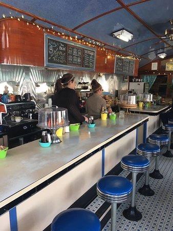 Bolton Landing, Nova York: Great place to have breakfast