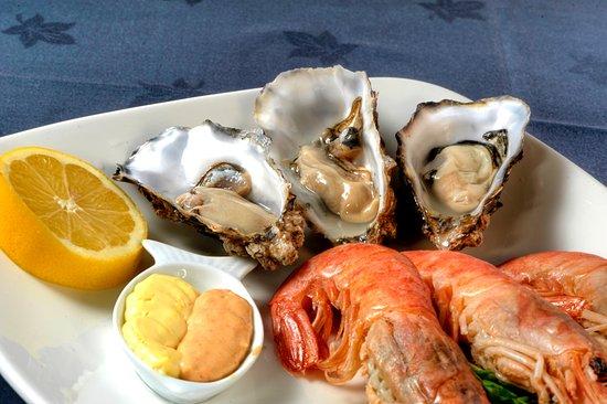 Yaxley, UK: Mini Seafood Platter