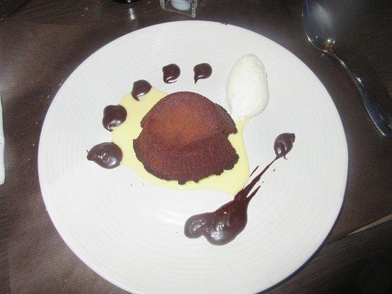 Le Goulet, France: fondant au chocolat