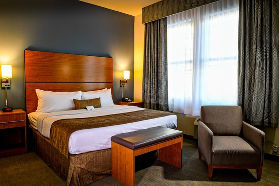 BEST WESTERN PLUS Philadelphia Convention Center Hotel