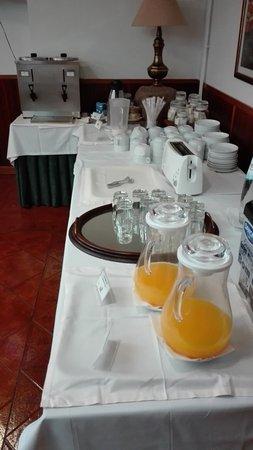 Gouveia, Portugal: Sala do pequeno almoço (parcial)