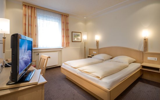Hotel Gasthof Zur Post Munich Tripadvisor