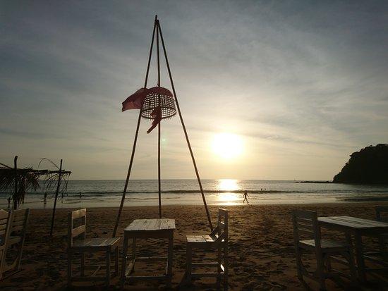 Klong Jark Bungalows: Západ slunce, romantika každý večer
