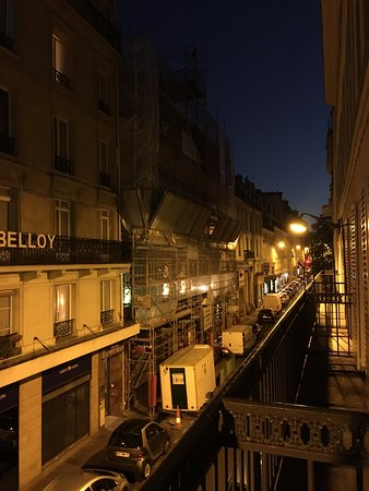 Chambre picture of hotel belloy saint germain by for Chambre hotel paris