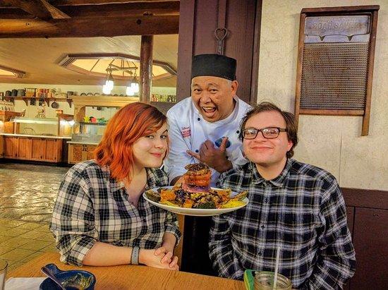 Trail's End Restaurant Photo