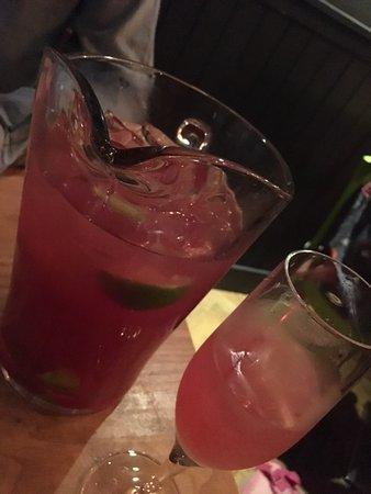 La Favorita Restaurant Leith Walk: Cosmopolitan Cocktail Pitcher (£15.95)