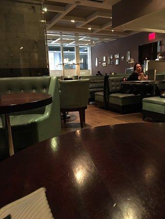 The London Bar: Ambiente agradável