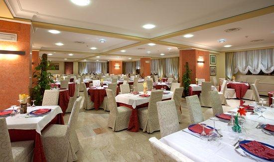 Hotel Biancaneve: Sala Ristorante
