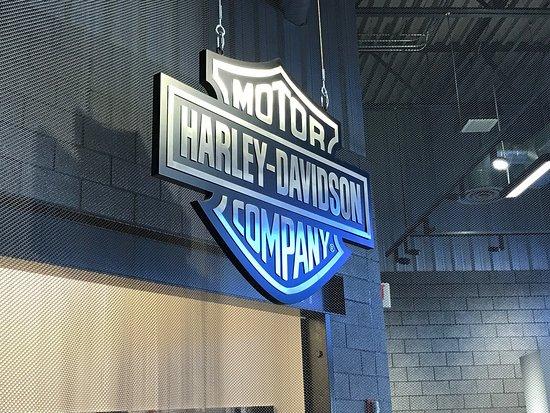Harley Davidson Factory Tour: photo0.jpg