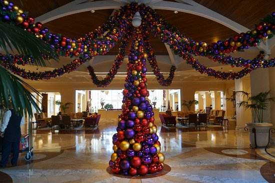 The Table Bay Hotel: Decorated for the holidays