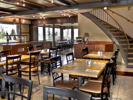 Restaurant le Montagnais: Une de nos salles