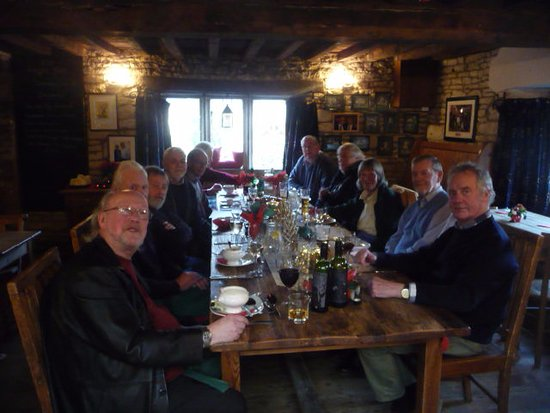 Woodchester, UK: Jolly Christmas Lunch