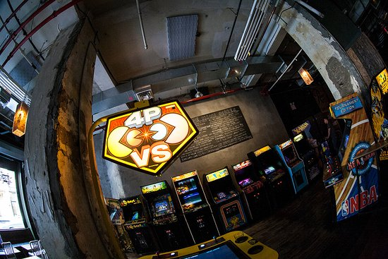 Way too loud and crowded for this chick - Review of Barcade, New