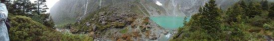 Queulat National Park, Chile: Bosque encantado, laguna Gnomos, Bahía Cisnes, Aysen, Chile