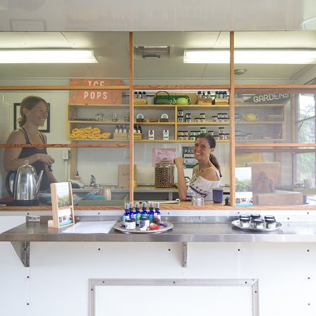 Kilauea, Hawái: Our on site Tea Store featuring farm exclusive products