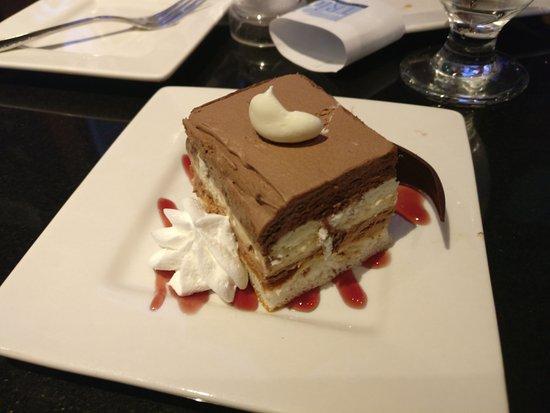 Trio Restaurant And Bar At Novotel Toronto North York Hotel Chocolate Cake