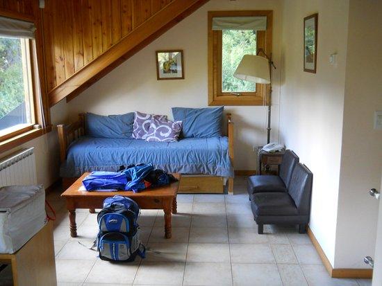 """Cabanas Cumelen: El living de la cabaña """"Bella Vista"""""""