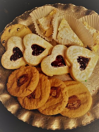 West Boylston, MA: A tiny sample of amazing cookies--lemon squares, hearts and peanut butter
