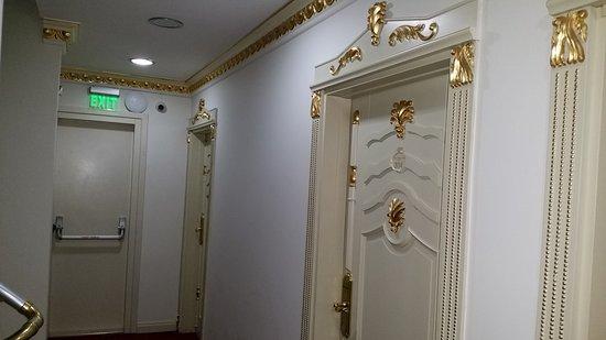 White House Hotel Istanbul: TA_IMG_20170128_003133_large.jpg