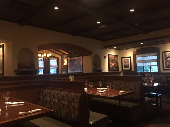Happy Hour Picture Of Olive Garden Guaynabo Tripadvisor