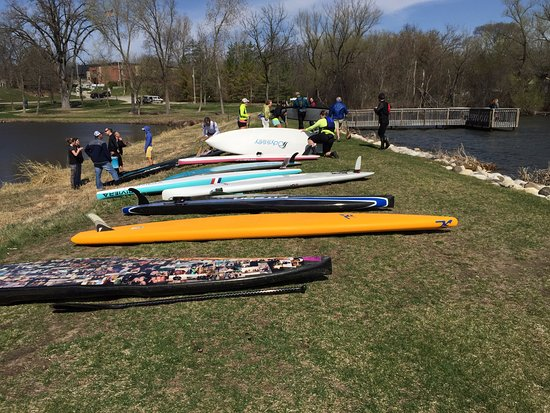 Delafield, WI: Board Demo Day!