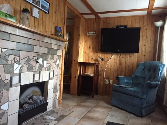Shelburne, Canadá: Mini cottage livingroom