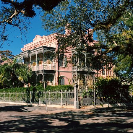 Garden District Tour Picture of Free Tours by Foot New Orleans
