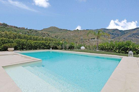 Villa Mastrissa Pool Apartment