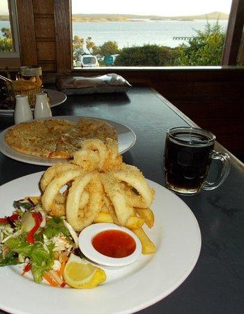 Flinders Island, Australia: Top food at the Furneux Tavern in Lady Barron