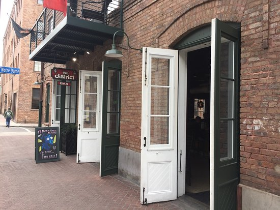 10 Things to Do Near Renaissance New Orleans Arts Warehouse District