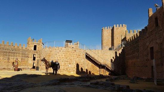 Banos de la Encima Castle