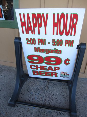 Wickenburg, Αριζόνα: Happy hour sign