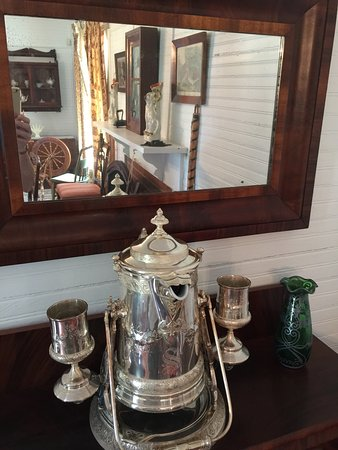 Historic Rossetter House  Museum and Gardens: Great tour with Megan