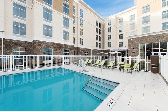 homewood suites by hilton concord outdoor swimming pool picture of rh tripadvisor com