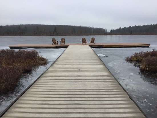 The Lodge at Woodloch: Winter Wonderland walk
