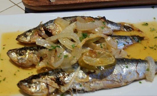 La Taberna de Ignacio: Sardines with azafran sauce