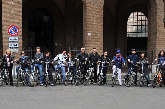 Tour mit Elektrofahrrädern in kleiner...