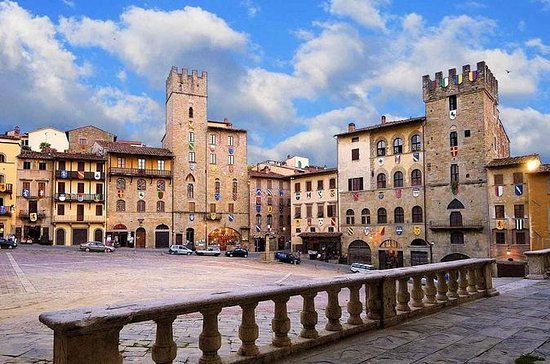 Cortona and Arezzo Full-Day...