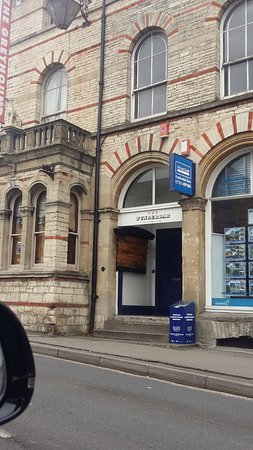 Midsomer Norton, UK: The Wunderbar street entrance. Sadly, now closed.