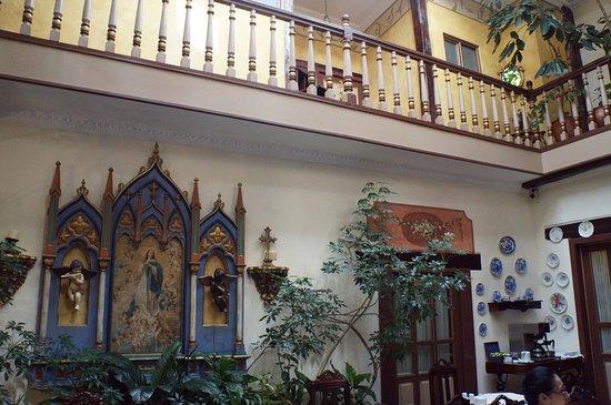 Casa San Rafael: Área central, onde toma-se o café da manhã.