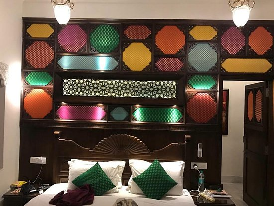 Hotel Pearl Palace: One of our group's bedroom! Amazing and very creative :)
