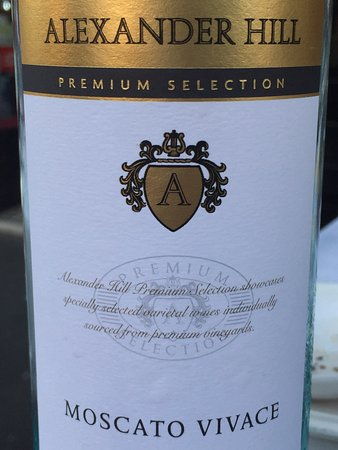 Amiconi: Wine for dinner