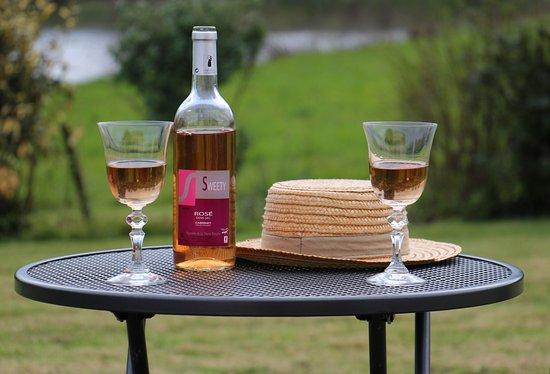 Vendee, France: Le Sweety: vin rosé demi-sec: parfait, notamment à l'apéritif !
