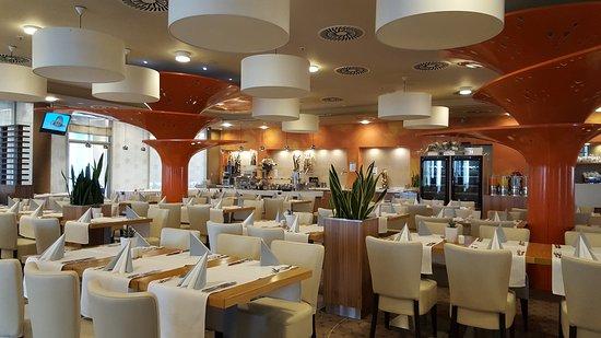 Aquapalace Hotel Prague: TA_IMG_20170128_124757_large.jpg