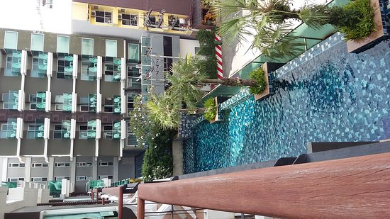 Andakira Hotel Patong: 20170126_112346_large.jpg