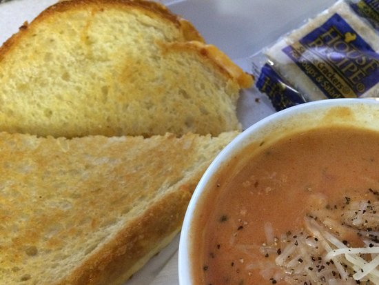 Wakeman, OH: Grilled Cheese and Tomato Parmesan Soup